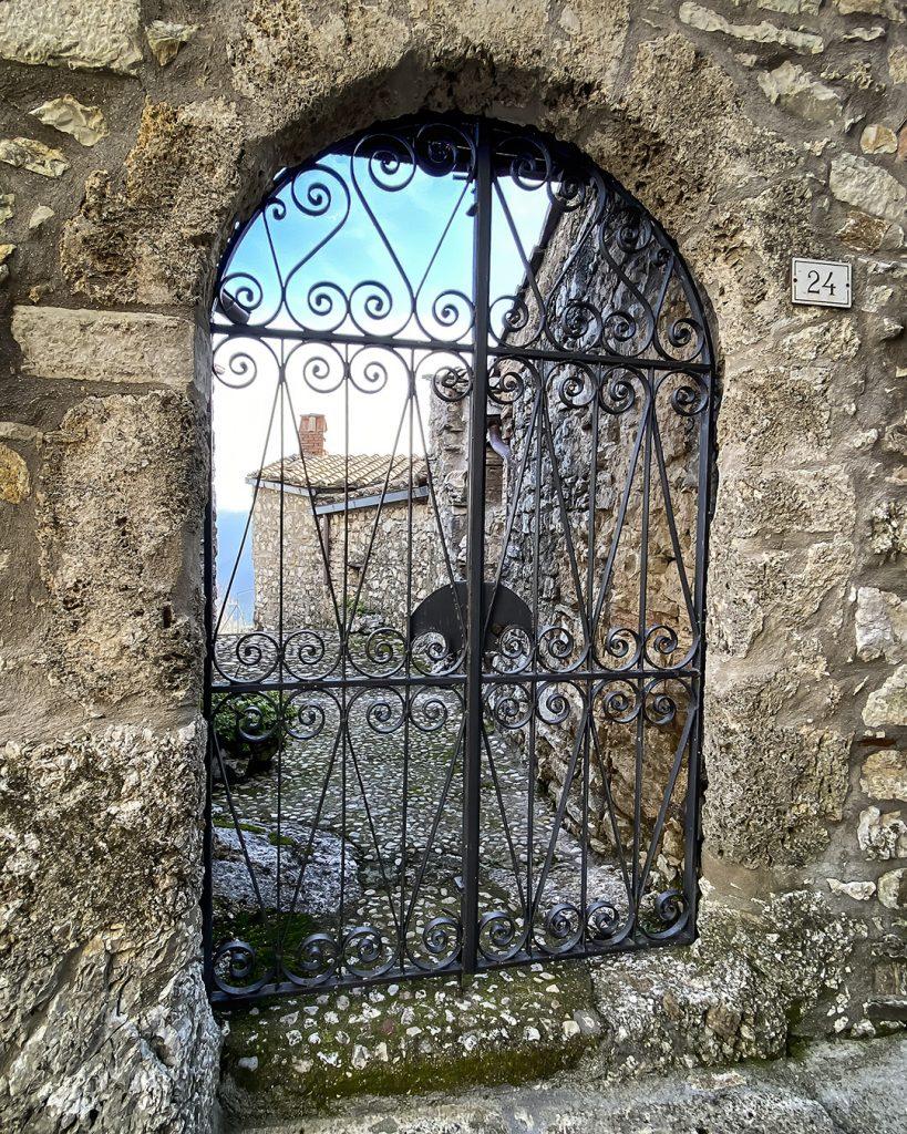 Gate, Itieli, Umbria
